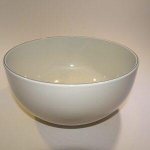 Hvid salatskål med blåkant i stellet Blåkant