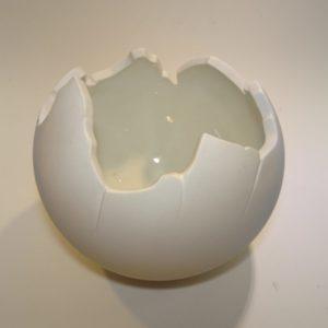 Globe porcelæns skål Royal Copenhagen i mat og blank hvid porcelæn