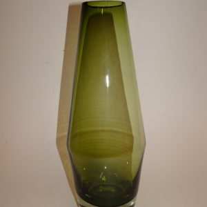 Riihimäki, krystal vase, flot let vissengrøn farve