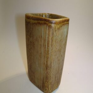 Gunnar Nylund Rørstrand vase i svag vissengrøn glasur