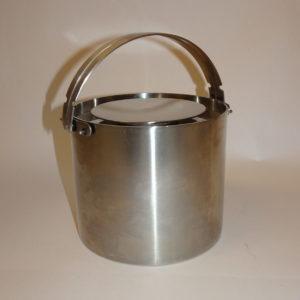 Cylinda Line isspand 1 l designet af Arne Jacobsen for Stelton