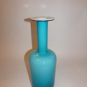 Otto Brauer vase i lyseblåt og hvidt glas, fejlfri, Holmegaard